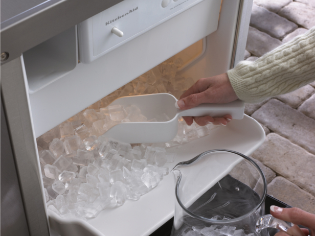 Keeping Your Ice Machine in Tip Top Condition