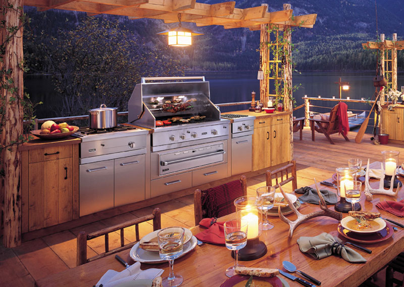The Latest Design Trends for Outdoor Kitchens | Friedman\'s Ideas and ...