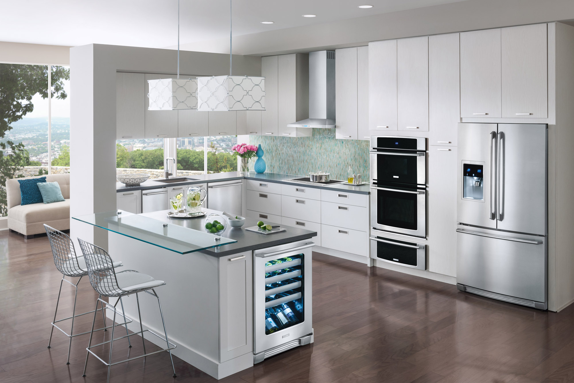 All White Kitchen And Appliances - Master final with appliances_angle1_236 major appliances the major appliances that all kitchens