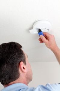 smoke-detector-501152073