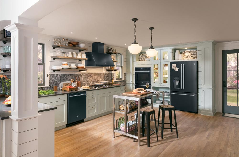 GE Kitchen in Black Slate