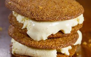 carrot cake ice cream sandwich